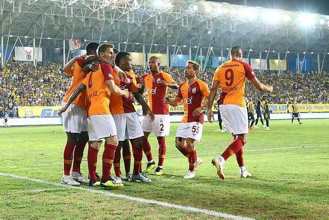 Galatasaray%E2%80%99%C4%B1n+%C5%9Eampiyonlar+Ligi%E2%80%99ndeki+muhtemel+rakipleri