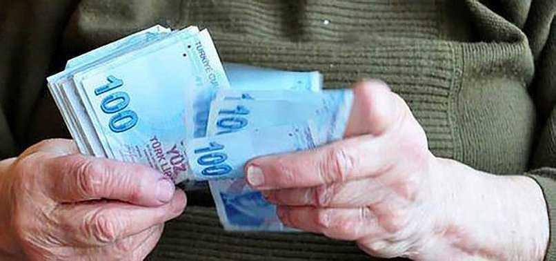 Kamu+bankaları+emeklilere+faizsiz+kredi+verecek