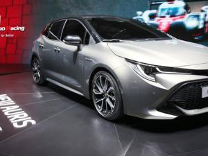 Cenevre Otomobil Fuarı'nda otomobil dünyası yeniliklere merhaba dedi