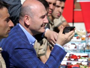 Başkan Erdoğan, üs bölgesindeki askerlerin bayramını telefonla kutladı