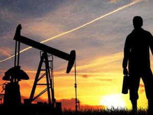 Libya'da silahlı milis grupların tehditleri nedeniyle petrol sahası kapatılacak