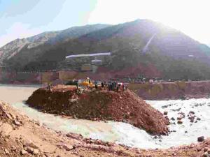 Tacikistan'daki Rogun Hidroelektrik Santrali'nin ilk türbini hizmete alındı