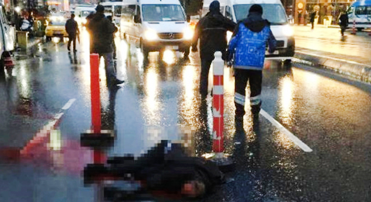 Beyoğlu´nda yolun karşısına geçmeye çalışan kişiye otomobil çarptı. Kazada metrelerce sürüklenerek a