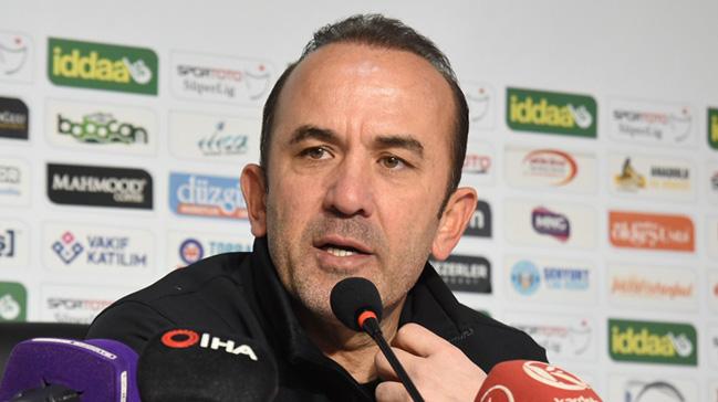 Büyükşehir Belediye Erzurumspor Teknik Direktörü Mehmet Özdilek´in, 4-2 kazandıkları Demir Grup Siva