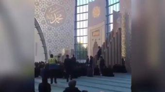 Almanya´ya gerçekleştirdiği ziyarette Köln Camii´nin açılışını yapan Başkan Erdoğan, burada Kur´an-ı