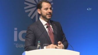7'nci Uluslararası Doğalgaz Kongre ve Fuarı'nda konuşan Enerji ve Tabii Kaynaklar Bakanı Berat Albay