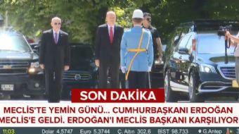Cumhurbaşkanı Erdoğan Meclis´e geldi. Cumhurbaşkanı Erdoğan´ı Meclis Başkanı karşıladı.