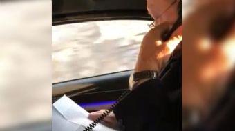 Yoğun çalışma temposuyla dikkat çeken Başkan Erdoğan, makam aracıyla seyahat ederken de kendisine gö