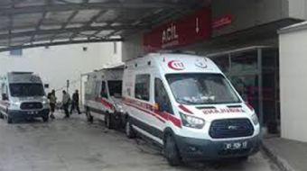 Adana´nın Kozan ilçesinde öğrenci servisinin devrilmesi sonucu 16 kişi yaralandı.
