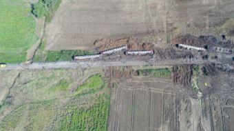 Tekirdağ Çorlu´da 24 kişinin hayatını kaybettiği tren faciası ardından oluşan enkaz, havadan görüntü