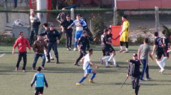 Bölgesel Amatör Lig 12. Grupta mücadele eden Yeni Çansporlu futbolcular, İstanbul´da Sultangazispor