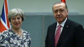 Cumhurbaşkanı Recep Tayyip Erdoğan, İngiltere Başbakanı Theresa May´la telefonla görüştü.