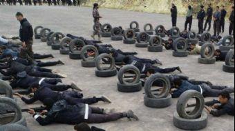 İstanbul´da ani gelişen olaylara müdahale edebilmesi için yaklaşık 16 bin polis ve bekçiye komando e
