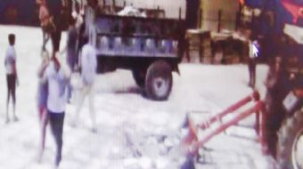 Şanlıurfa´da Harran Üniversitesi Araştırma Uygulama Hastanesi Çocuk Bölümü´nde, çocuğunun ateşi düşm