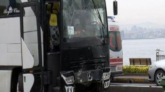 Fatih´te gezi için Hakkari´den gelen öğrencileri taşıyan 2 tur otobüsü çarpıştı. Kazada çok sayıda ö