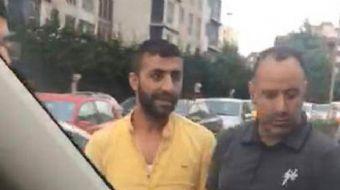 İstanbul Esenyurt´ta iddiaya göre içinde 4 yolcusu bulunan UBER aracının önü 7 taksi şoförü tarafınd