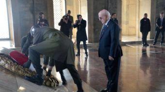 Türkiye Büyük Millet Meclisi (TBMM) Başkanı İsmail Kahraman ve beraberindeki heyet, 23 Nisan Ulusal