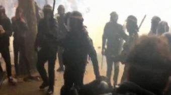 Fransa sokakları grev olayları nedeniyle karıştı. Geçtiğimiz ay başlayan grevler, iş bırakmalarla de
