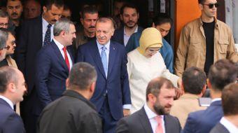 Cumhurbaşkanı Erdoğan tebrikleri kabul ediyor