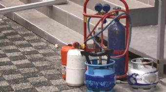 Bahçelievler´de bir iş yerinde oksijen tüpünden piknik tüpüne dolum yapılmak istenirken patlama meyd