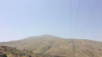 Iğdır´da, Ağrı Dağı eteklerinde bulunan yayladaki su hattını tamire giden İl Özel İdaresi ekibine t