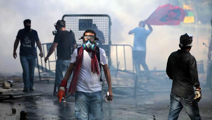 Gezi+Park%C4%B1+olaylar%C4%B1+ile+ilgili+ortaya+at%C4%B1lan+17+Twitter+yalan%C4%B1