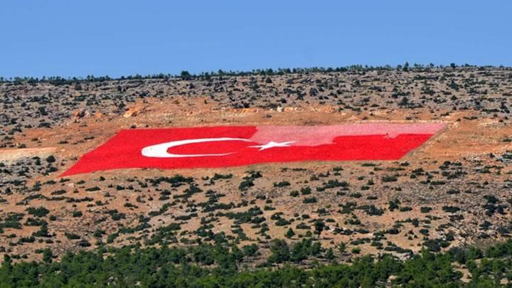 21 Dönümlük Türk Bayrağı Son Dakika Haberler Akşam