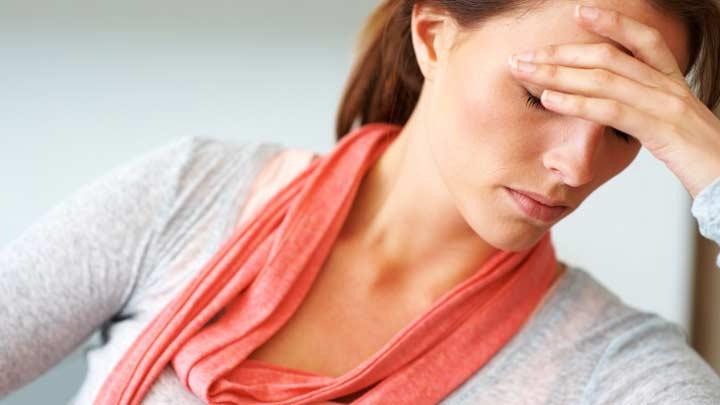 Şiddetli baş ağrısı. Şiddetli bir başınız ağrıtıyorsa ne yapılması gerek