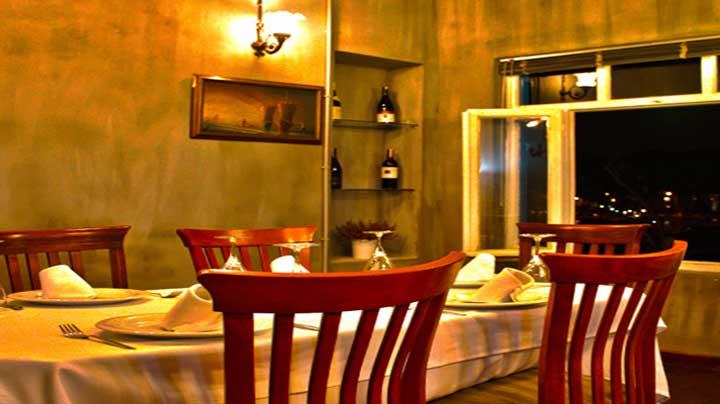 %C4%B0stanbul%E2%80%99un+Gizli+K%C3%B6%C5%9Felerinden+Biri:+Hristo+Restaurant