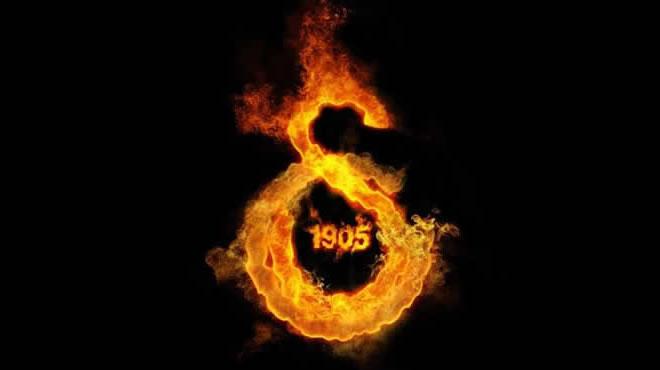 Ve+Galatasaray+d%C3%BCnya+y%C4%B1ld%C4%B1z%C4%B1n%C4%B1+bitirdi%21;