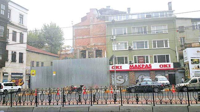 Beyazıt Öztürk'ün Karaköy'deki Binası ile ilgili görsel sonucu