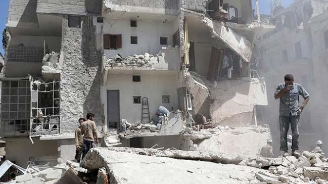 Suriye%E2%80%99de+bir+ayda+bin+557+sivil+hayat%C4%B1n%C4%B1+kaybetti