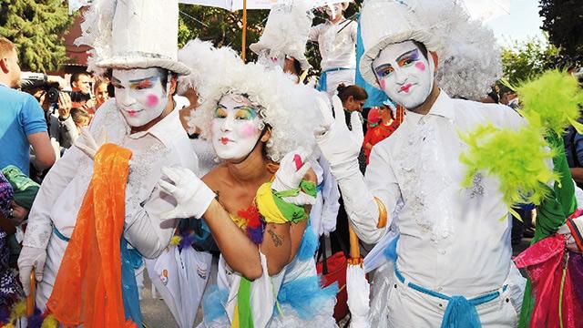 karnaval tadında kostüm yarışması haberler son dakika haberleri
