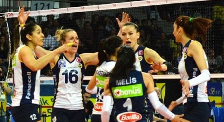 Fenerbahçe geriden gelip kazandı