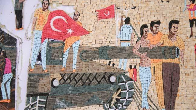 Suriyeli+sanat+tarih%C3%A7isi+15+Temmuz+Destan%C4%B1%E2%80%99n%C4%B1+mozai%C4%9Fe+i%C5%9Fledi