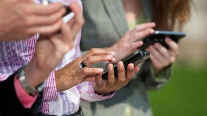%C4%B0kinci+el+cep+telefonu+fiyat%C4%B1+s%C4%B1f%C4%B1r%C4%B1yla+yar%C4%B1%C5%9F%C4%B1yor