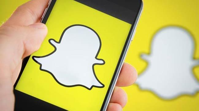 Snapchat%E2%80%99in+14+Kas%C4%B1m%E2%80%99da+kapat%C4%B1laca%C4%9F%C4%B1+iddia+edildi
