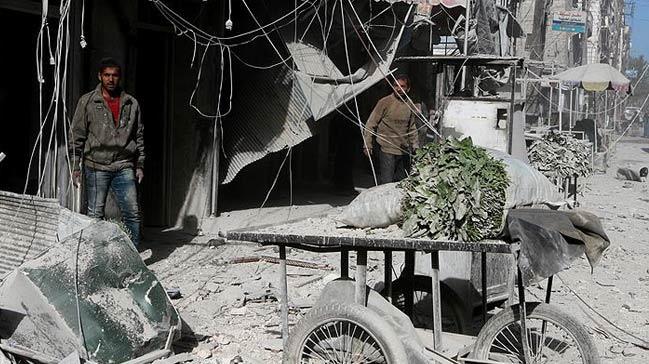 Halep%E2%80%99te+pazar+yerine+hava+sald%C4%B1r%C4%B1s%C4%B1:+10+%C3%B6l%C3%BC