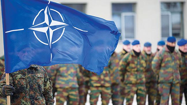 NATO askerleri Giritte bir sivile saldırdı