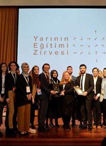 'Türkiye'nin her yerinde aynı şekilde yapılmış okullarla karşılaşırsınız'
