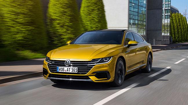 Volkswagen+Arteon+benzinli+motor+se%C3%A7ene%C4%9Fine+kavu%C5%9Ftu