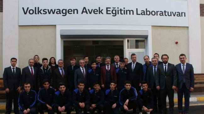 Volkswagen+Avek%E2%80%99+ten+Mesleki+%C4%B0stihdama+Destek..