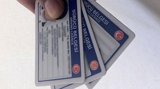 Sahte+ehliyetini+polise+yeniletmek+istedi