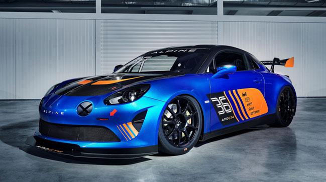 Alpine+%C3%BC%C3%A7+yeni+versiyonu+ile+Cenevre+Uluslararas%C4%B1+Otomobil+Fuar%C4%B1%E2%80%99nda