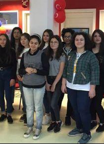 Mercedes-Benz Türk, İstanbul'daki yıldız kızlarıyla buluştu