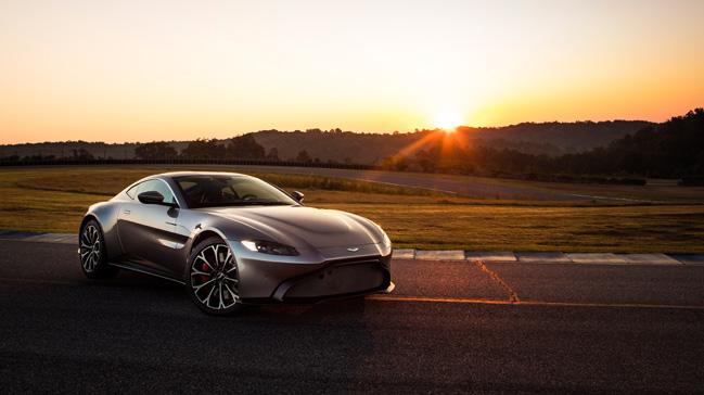 Aston Martin'in en iyi aracı Vantage Türkiye'de satışa sunuluyor