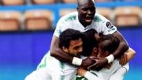 Bursaspor'da Moussa Sow gollerine döndü