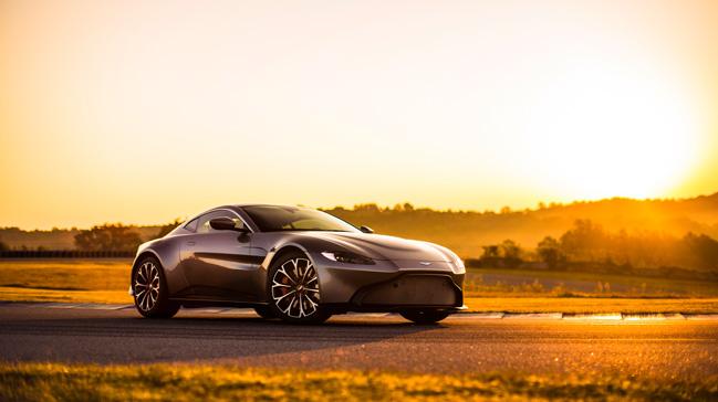 Aston Martin Vantage'ın Türkiye fiyatı belli oldu