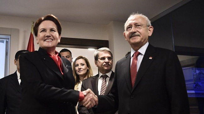 Akşener, 'İYİ Parti'yi CHP ile HDP ile yan yana getirme çabalarını çok çirkin buluyorum' demişti