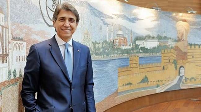Fatih Belediye Başkanı Mustafa Demir milletvekili aday adaylığı için  görevinden istifa etti